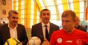 Futbolun Ustaları Geleceğin Yıldızlarıyla