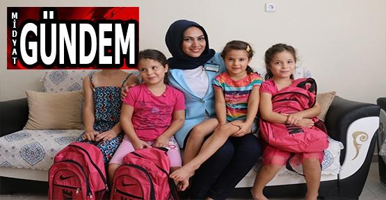 Yaman'dan, Öğrencilere Okul Hediyesi
