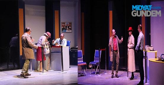 'Indıa Bankası' tiyatrosu sahnelendi