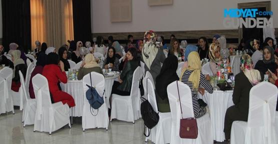 """Midyat'ta """"Gençler Kızlar Buluşuyor Projesi"""" Etkinliği"""