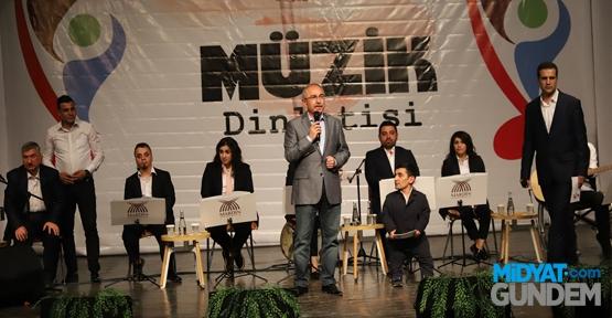 Engelsiz Mardin Müzik Topluluğu İlk Konserini Verdi