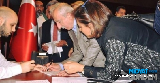 Miroğlu, AK Parti'den aday adayı oldu
