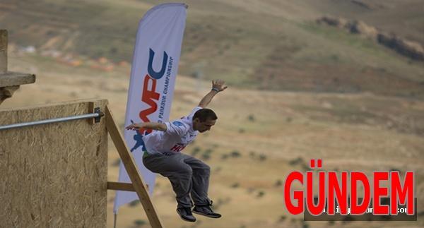 Mardin Dünya Parkur Şampiyonası nefes kesen gösterilerle başladı
