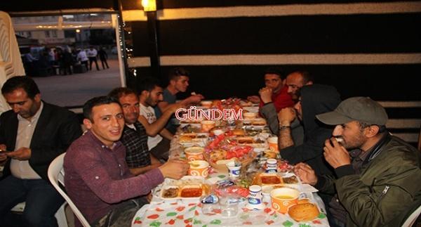 Midyat'ta Yörük çadırlarda ilk iftar verildi