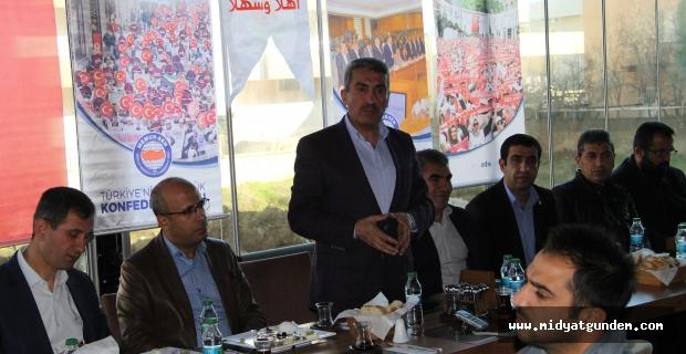 Midyat'ta Aday Öğretmenler Kahvaltıda Bir Araya Geldi