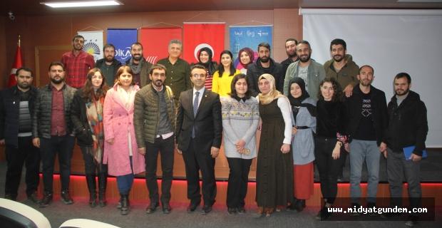 Yeni Nesil Gazetecilere usta gazetecilerden büyük destek