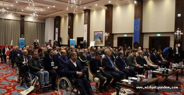 """""""Mardin Sivil Toplum Günleri"""" toplantısı gerçekleşti"""