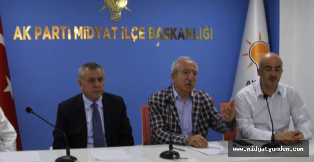 AK Parti Midyat İlçe Başkanlığı'nda bayramlaşma