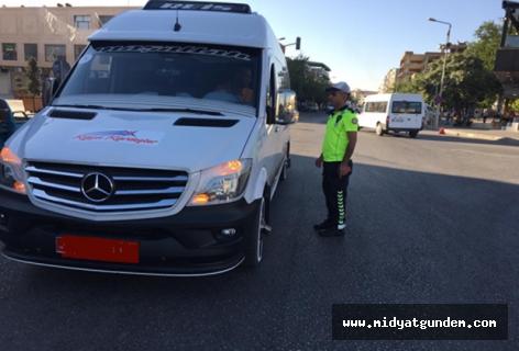 Midyat'ta okul servis araçları denetlendi