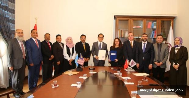 MAÜ'den Utara Malaysia Üniversitesi ile Akademik İşbirliği