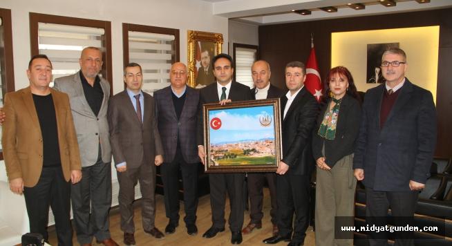 Kent Konseyi Midyat Kaymakamını Dundar'ı ziyaret etti