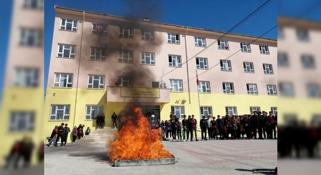 Büyükşehir İtfaiyesinden öğrencilere yangın eğitimi