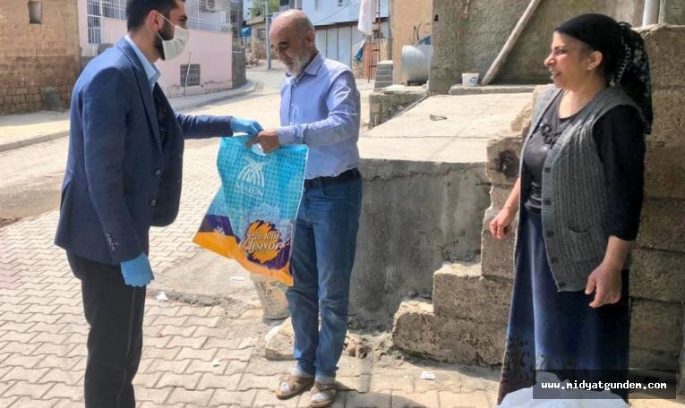 Büyükşehir Belediyesinden temizlik ve hijyen malzemeleri dağıtımı