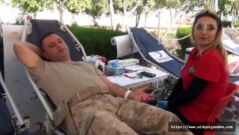Midyat'ta Barış Pınarı Harekatı'na kan bağışıyla destek