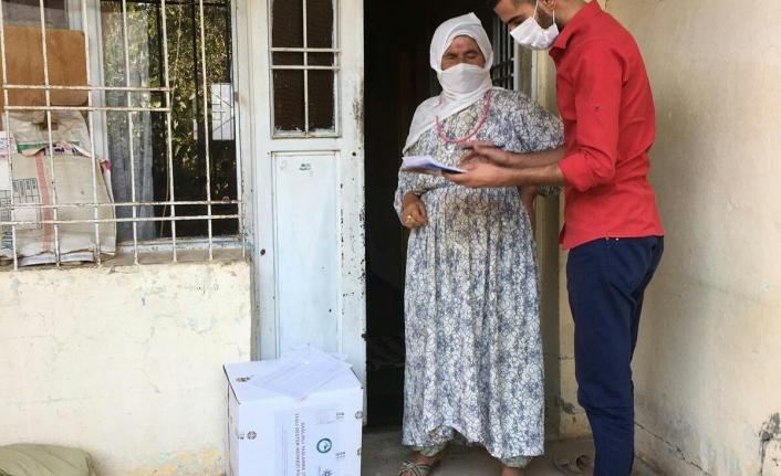 Yaşlı Vatandaşlara Hijyen Paketi Dağıtıldı