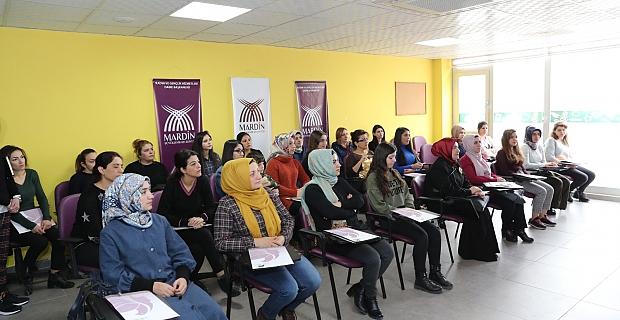 Kadınlara E-Ticaret ve Dijital Pazarlama Eğitimi