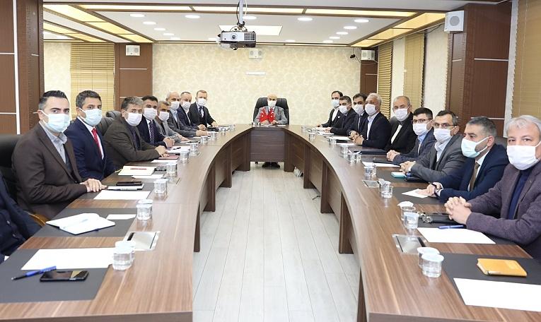 Vali Demirtaş Başkanlığında Haftalık Daire Başkanları Toplantısı Gerçekleştirildi