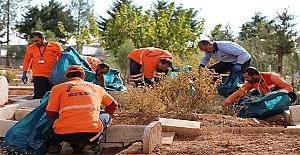 Büyükşehir Belediye 124 Kabristanın Bakım ve Onarımını Yaptı