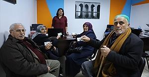 65 yaş üstü ücretsiz ulaşım kart dağıtımı devam ediyor