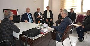 AK Parti İl Başkanı Eri Gazetecilerle Bir Araya Geldi