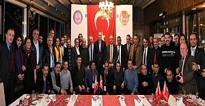 Vali Yavuz, Güneydoğu Anadolu Gazetecilerle Yemekte Bir Araya Geldi