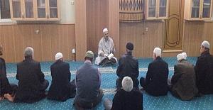 Cami imamlarından örnek uygulama