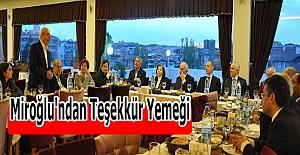 AK Parti Mardin Milletvekili Orhan Miroğlu'ndan Teşekkür Yemeği