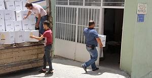 Artuklu Belediyesi, vatandaşlara sosyal yardımlarını sürdürüyor