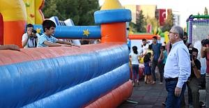 Büyükşehir Belediyesi'nden 242 Çocuk Parkı