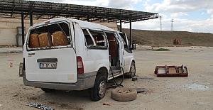 Midyat'ta trafik kazasında, ikisi çocuk üç kişi öldü