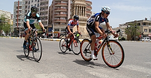 Uluslararası Mezopotamya Bisiklet Turu Midyat Etabı Tamamlandı