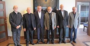 Akademisyen heyeti Başkan Veysi Şahin'i...