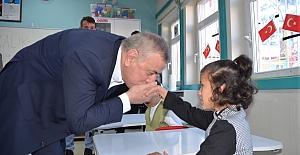 Başkan Şahin'den, özel öğrencilere ziyaret