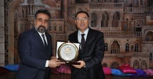 Artuklu Üniversitesi'nin bu haftaki konuğu; Kamu Başdenetçisi Şeref Malkoç