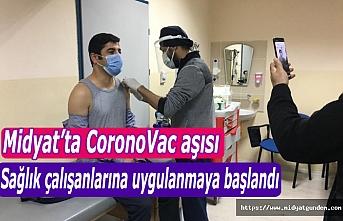 Son Dakika   Midyat'ta CoronoVac aşısı sağlık çalışanlarına uygulanmaya başlandı