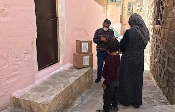 Mardin Büyükşehir Belediyesi Binlerce Gıda Kolisi Dağıtımına Başladı