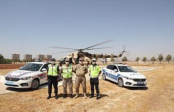 Mardin'de helikopter ile havadan trafik denetimi