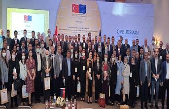Kamu Başdenetçisi Şeref Malkoç Mardin'de Muhtarlar ve STK Temsilcileriyle Buluştu