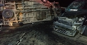 Midyat'ta trafik kazası 14 yaralı
