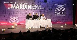 Beyaz Futbol Yorumcular Mardinli Vatandaşlar ile Buluştu