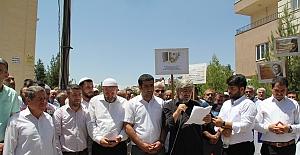 Mursi için Cuma Namazı sonrası gıyabi cenaze namazı kılındı