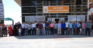 Seçim için İstanbul'a yola çıktılar
