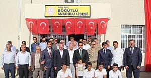 Söğütlü Anadolu Lise' sinde kütüphane açıldı