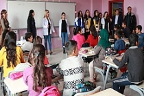 Yüzlerce öğrencinin sağlık taramasından geçildi