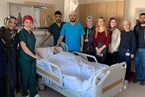 İlk Kez İki Hastaya Kornea Nakli Ameliyatı Yapıldı