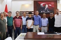Türkiye LGS birincisi altın ile ödüllendirildi