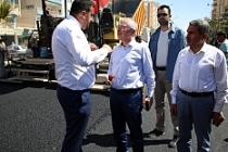 Yaman, Kızıltepe'de devam eden asfaltlama çalışmalarını denetledi