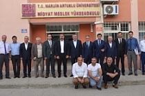 Artuklu Üniversitesi Rektörü Özcoşar'dan Midyat'ta Fakülte Çalışmaları