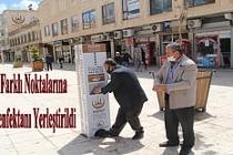 Midyat'ta şehrin farklı noktalarına el dezenfektanı yerleştirildi