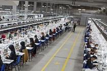 Akar Tekstil Savur'da 2500 Kişiye İstihdam Sağlayacak Tesisinde Üretime Başladı